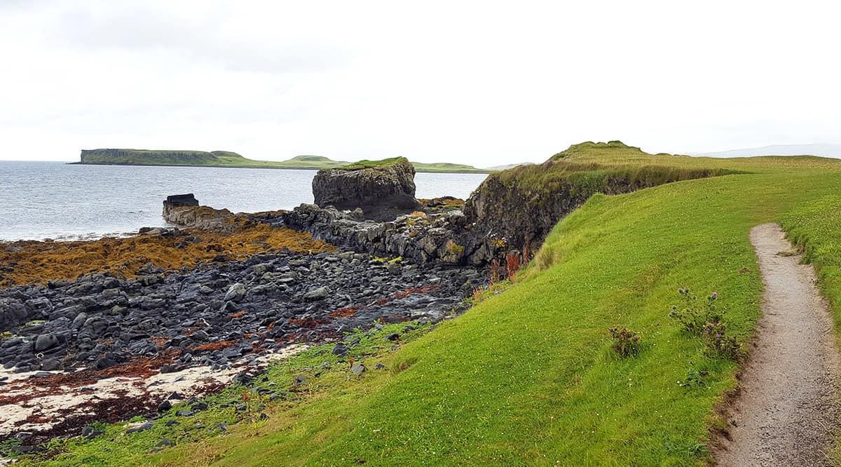 Wanderung an der Kste entlang zum Coral Beach - Isle of Skye, Schottland